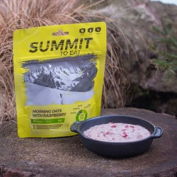 SUMMIT TO EAT Oats with Raspberry